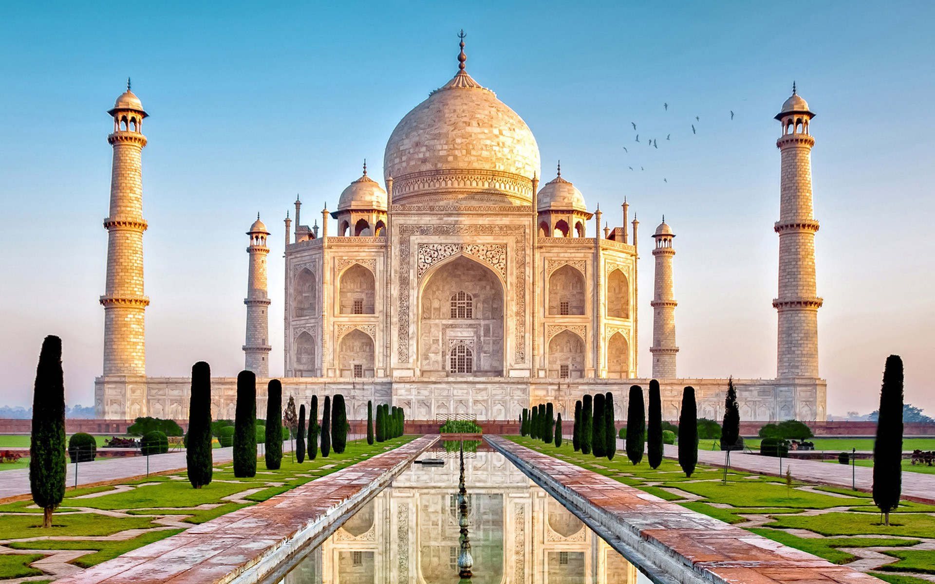 Decent Indo Tours Packages for Agra